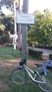 En bici por Villa Borghese.