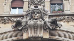 Detalle del arco de entrada.