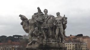 Grupo escultórico del Puente de Vittorio Emmanuele II.