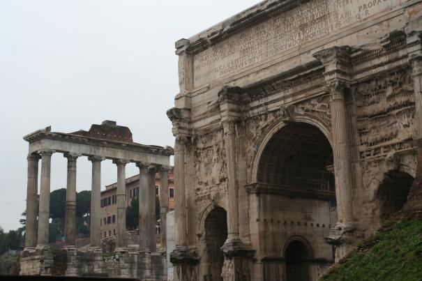 31122010-26-foros-romanos